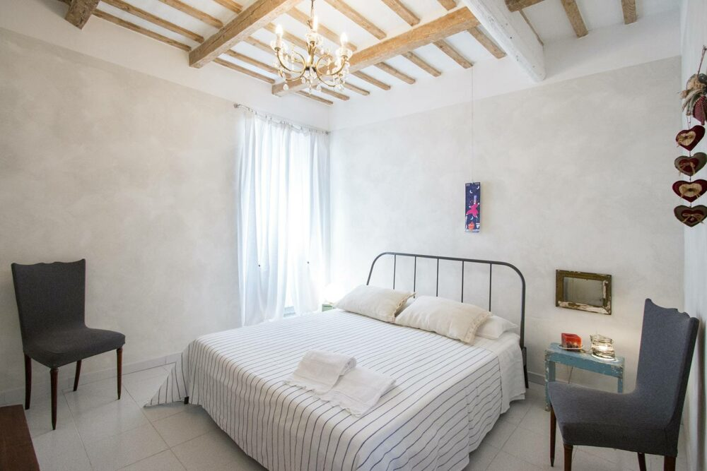 La Casa di Agnese, available from June to October for short lets
