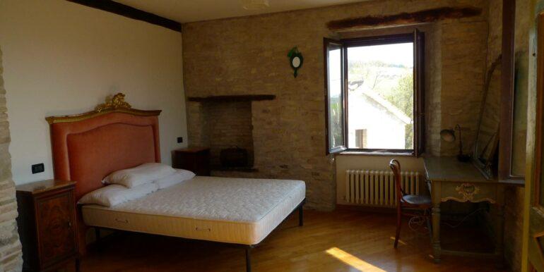 Borgo di 1000 mq in vendita a San Severino Marche