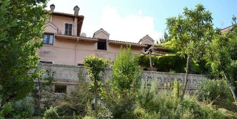Villa abitabile  in stile liberty, Macerata