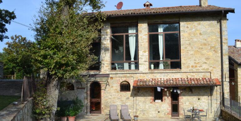 Casale in pietra-Bologna