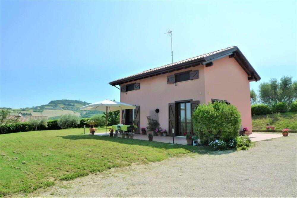 Casa di campagna a Fermo a soli pochi minuti dal mare