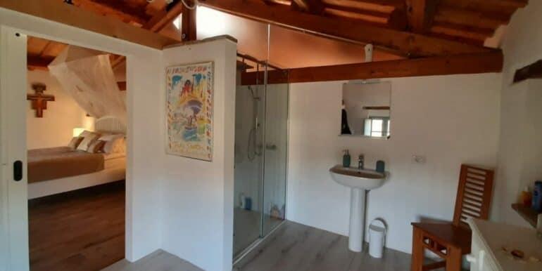 Interni-antico-casale-in-vendita-nelle-Marche-4-1740x960-c-center