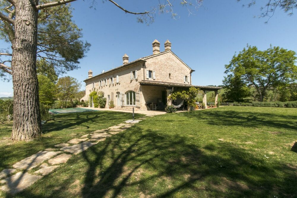 Beautiful restored farmhouse with pool